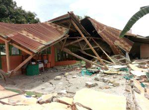 Wujud bangunan rubuh   Posko Peduli Sulteng-DIY