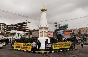 Aksi Kamisan di Tugu Yogyakarta