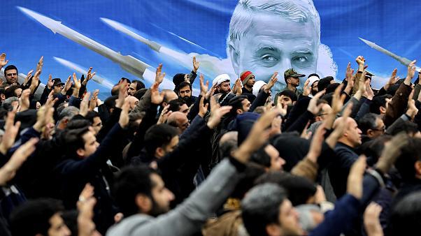 Para pendemo mendemonstrasikan pembunuhan Jenderal Qassem Soleimani di Tehran, Iran, pada 4 Januari 2020 | Ebrahim Noroozi