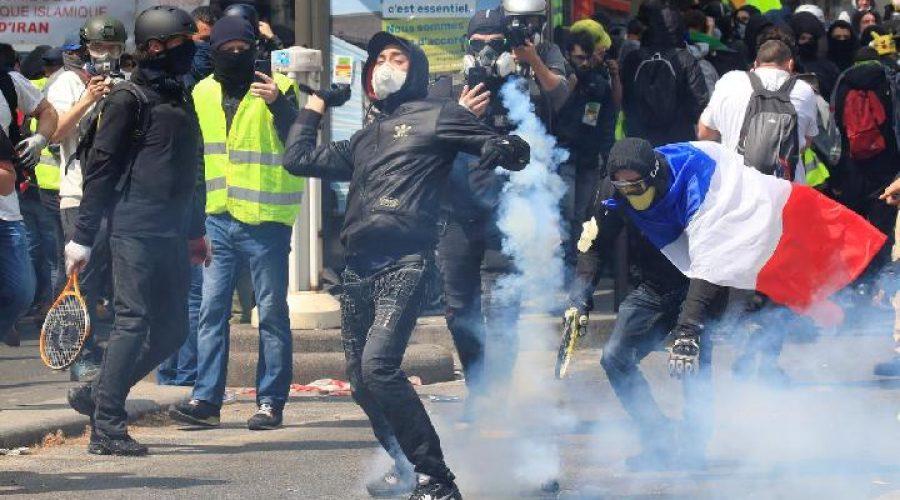 Aksi May Day di Bandung | Reuters